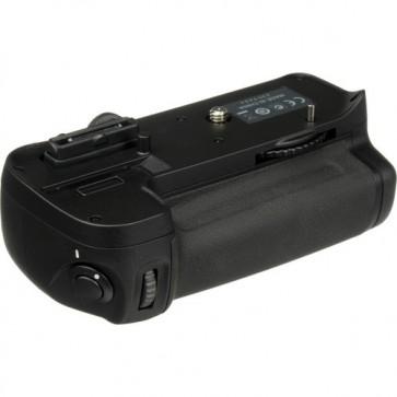 Nikon MB-D11 Multi-Power Battery Pack