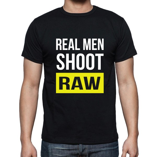 Cameralah Real Men Shoot Raw Photography T-Shirt