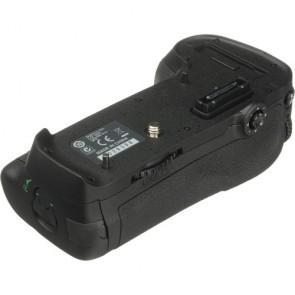 Nikon MB-D12 Multi-Power Battery Pack