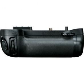 Nikon MB-D15 Multi-Power Battery Pack